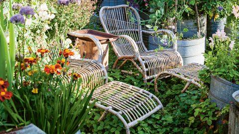 Sittplats i mästarnas trädgårdsrum