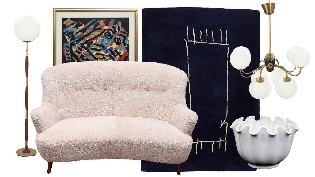 Auktionsfynd – fårskinnssoffa, matta av Jonas Bohlin och ytterfoder av Wilhelm Kåge