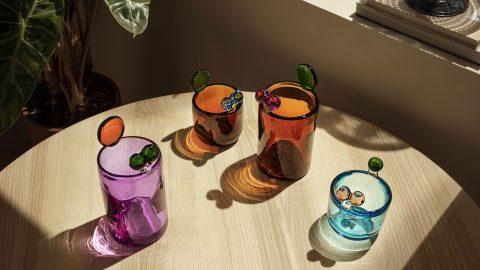 Vaserna Pompom från iittala är en hyllning till Oiva Toikka
