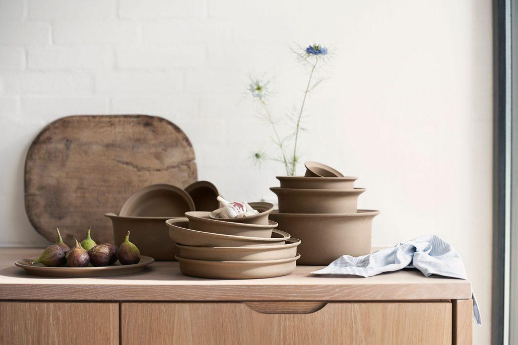 Keramikserien Ildpot av Grethe Meyer nylanseras av FDB Möbler