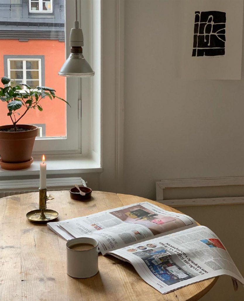 Kaffe, morgontidning och konst av Fredrika Linde