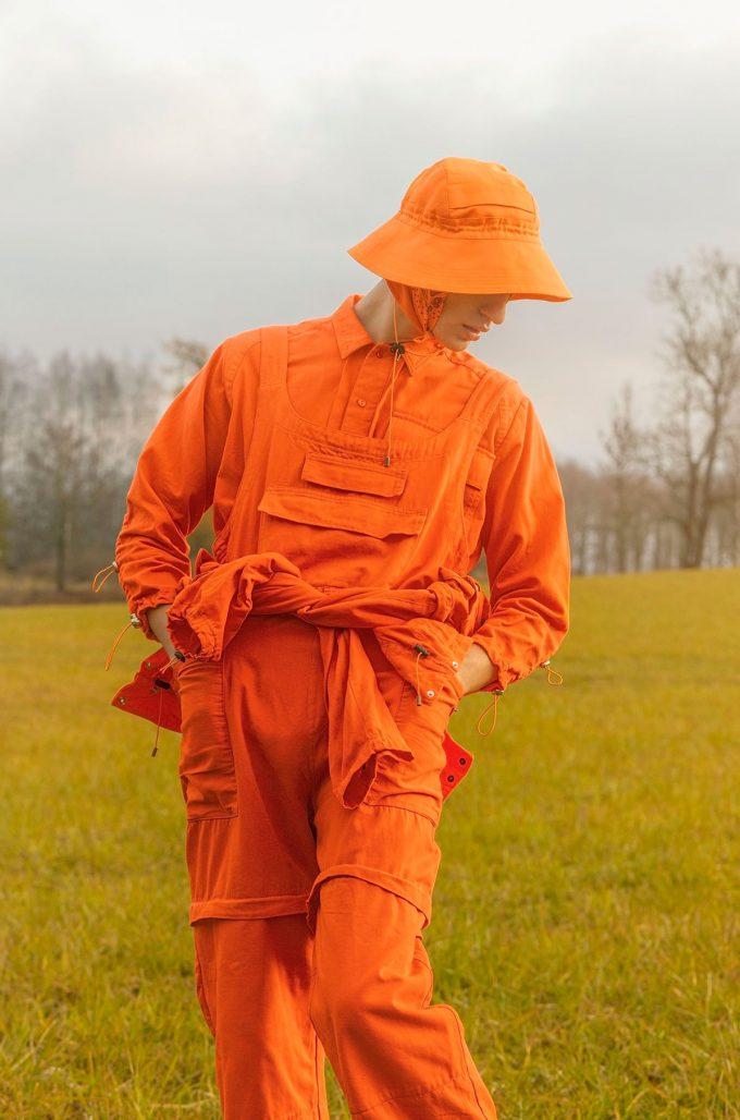 Kläder ur Fiskars första klädkollektion designad av Maria Korkeila