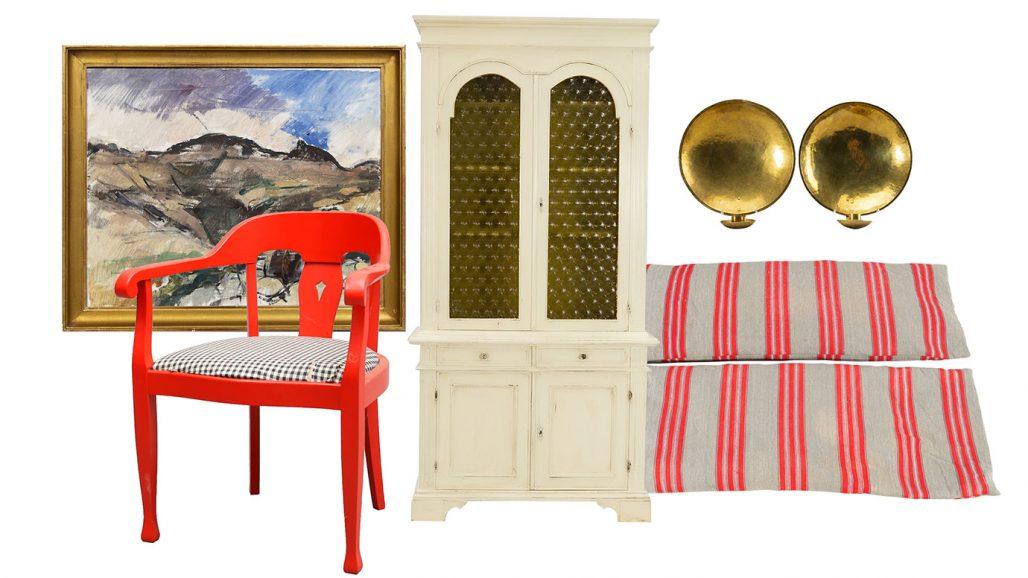 Auktionsfynd – oljemålning, karmstol och vitrinskåp