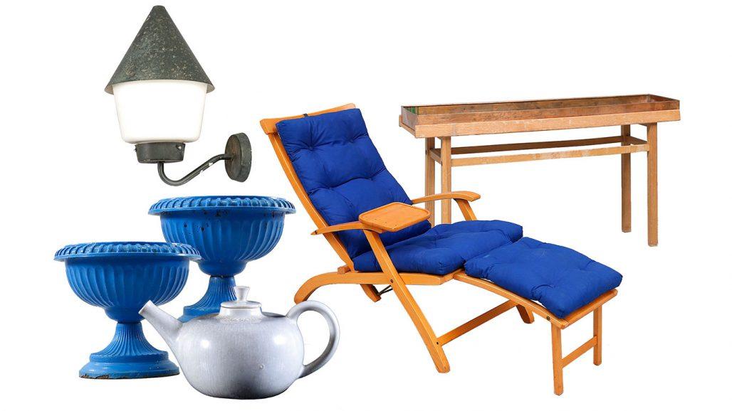 Auktionsfynd – trädgårdsurnor, tekanna av Carl Harry Stålhane och däckstol