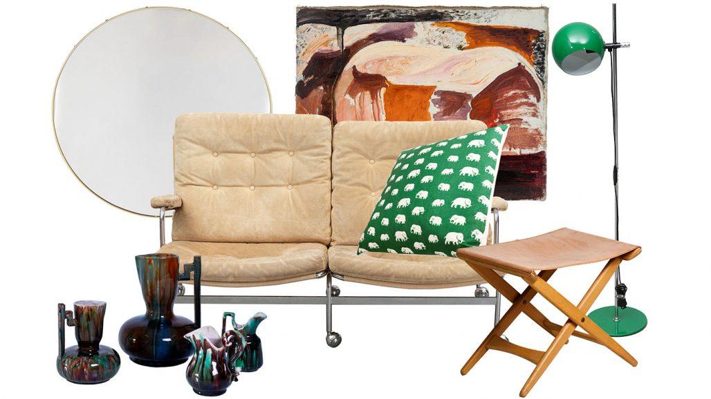 Auktionsfynd med spegel, soffa och kudde i tyget Elefant av Estrid Ericson