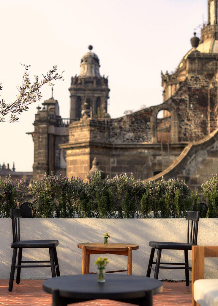 Utsikt över Mexico City från takterrassen på hotellet Circulo Mexicano