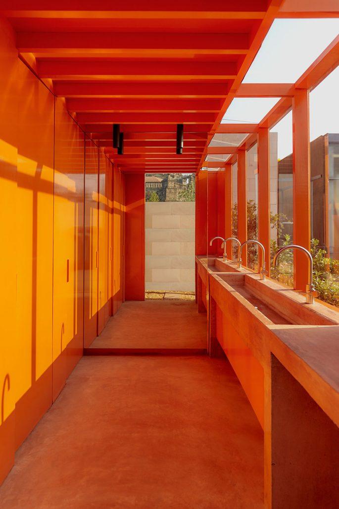 Allmänna toaletter på takterrassen till hotellet Circulo Mexicano