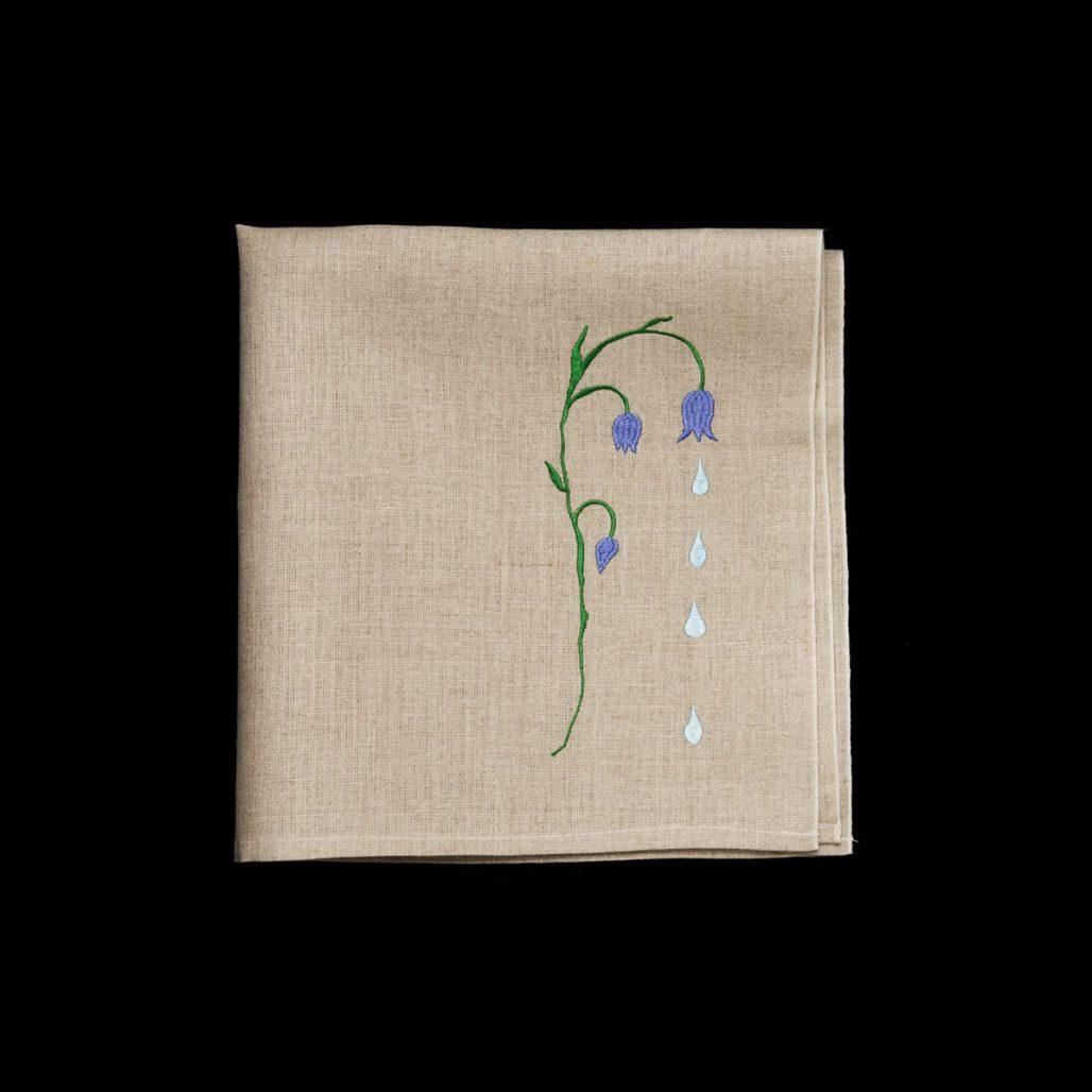 Servett med blåklocka av Maria Nilsdotter