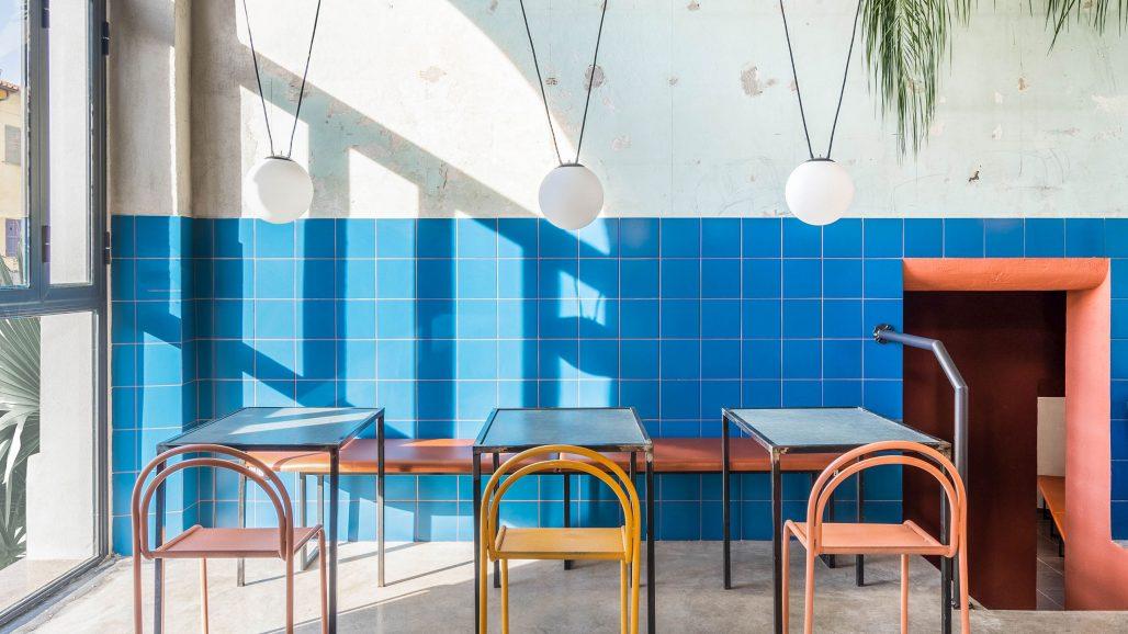 Färgglatt på restaurangen Tre de Tutto av Studio Tamat