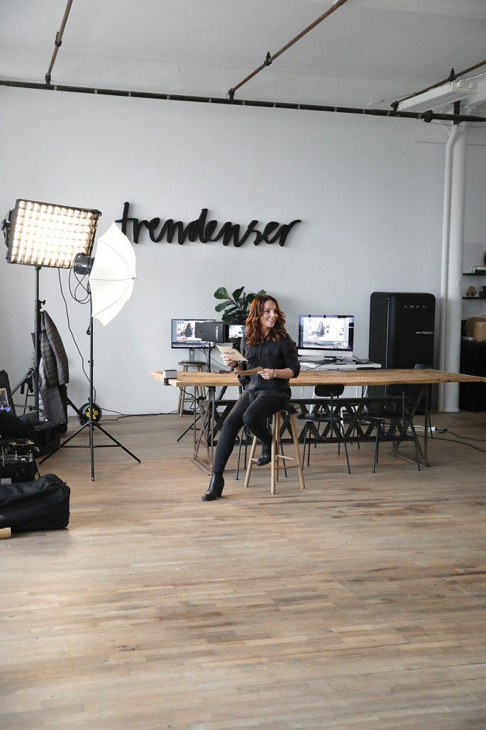Frida Ramstedt på Trendenser-kontoret