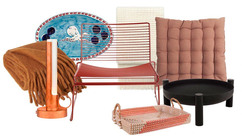 Pläd, loungestol och eldstad för stämningsfulla sensommarkvällar
