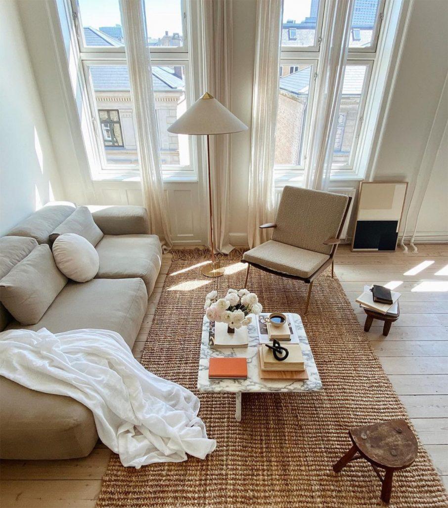 Detaljer i vardagsrummet hos Simone Polk