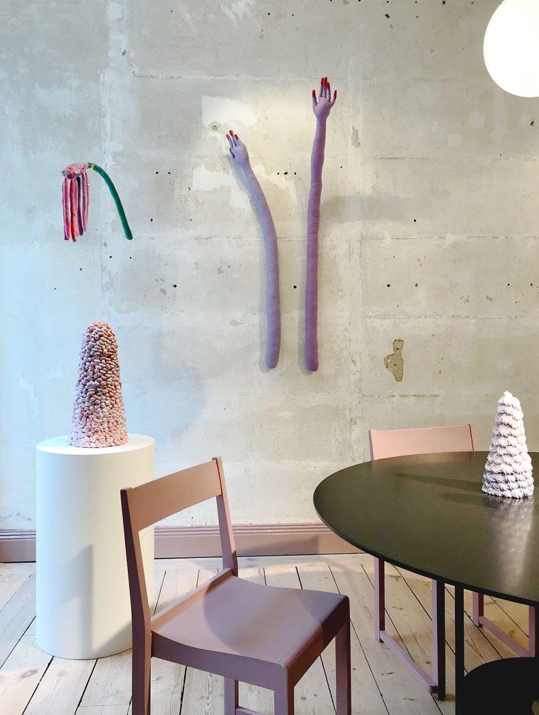 Utställning med Erika Emeréns skulpturer